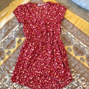 Dresses & Skirts - Urban outfitters mini dress!